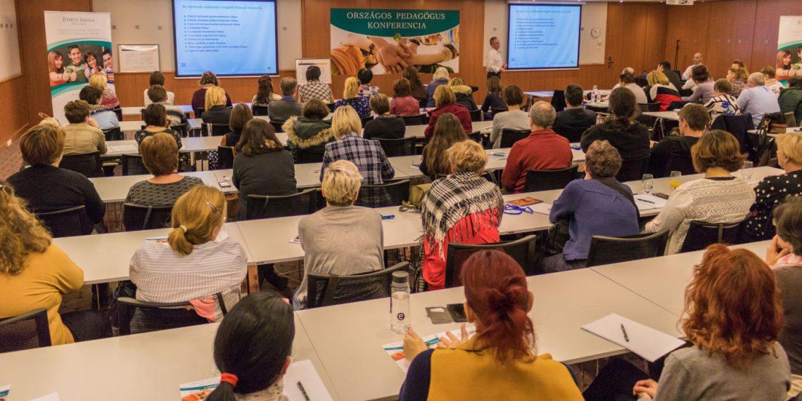 Ilyen volt az Első Iskolai Agresszió Kezelési Pedagógus Konferencia 2018. a Virágozz és Prosperálj Alapítvány szervezésében